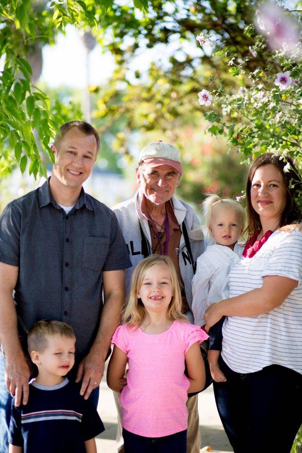 Huddle Family Spring 2015-0011.jpg